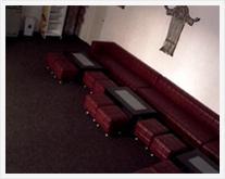 Salon parter cu vedere spre Salile 1 si 2 de priveghi